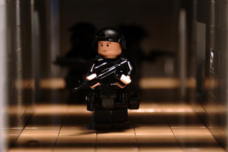 lego policeman / stormtrooper