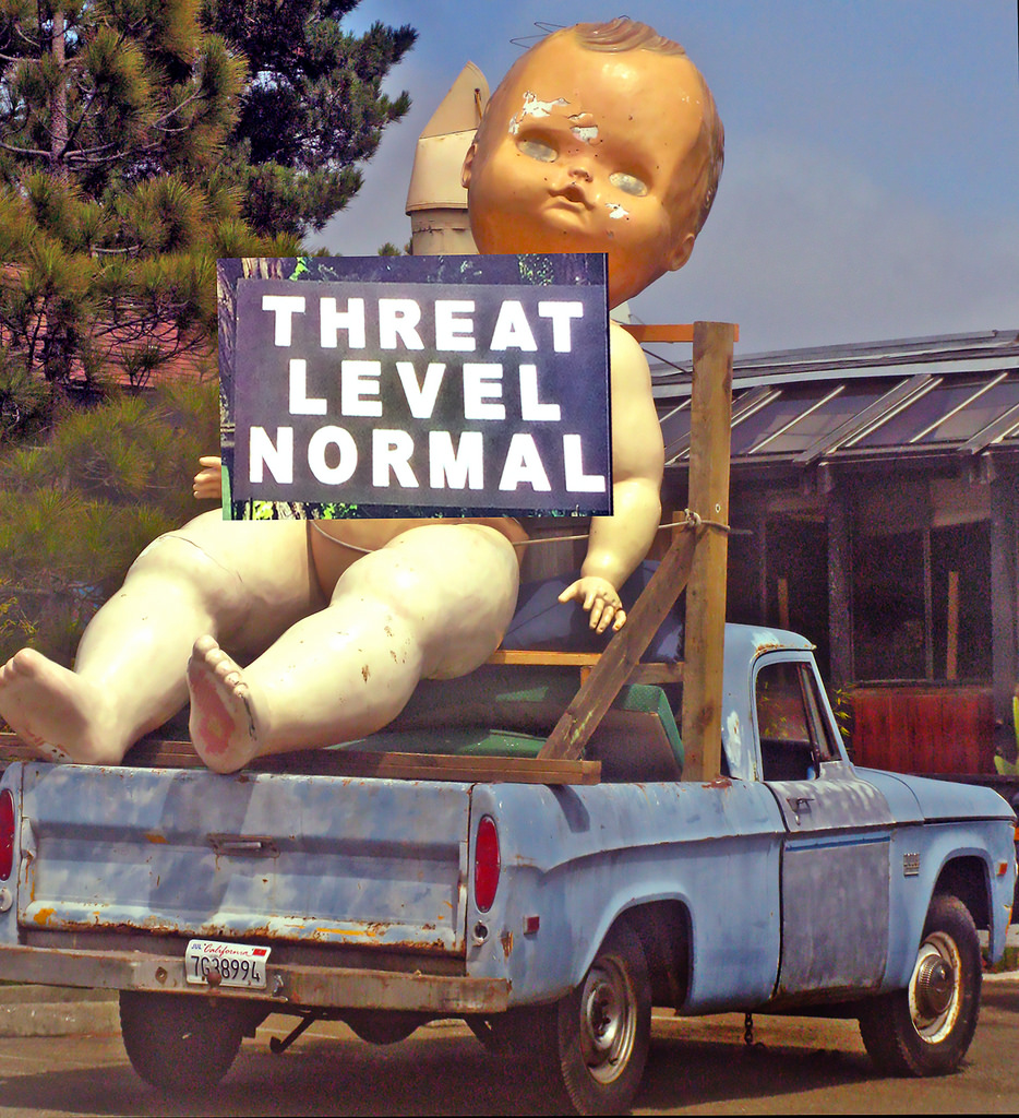 Threat level normal! Photo via torbakhopper, who attributes it to Scott Richard.
